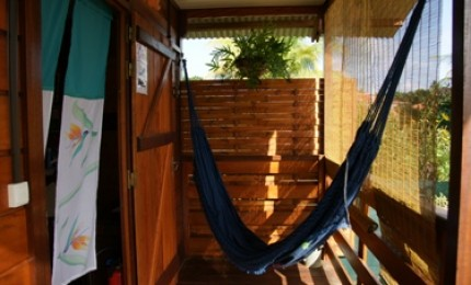 MO KAZ: bungalow indépendant, climatisé, équipé + wifi